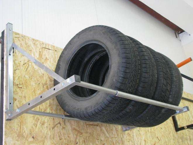 Стеллажи для хранения колес в гараже своими руками 71