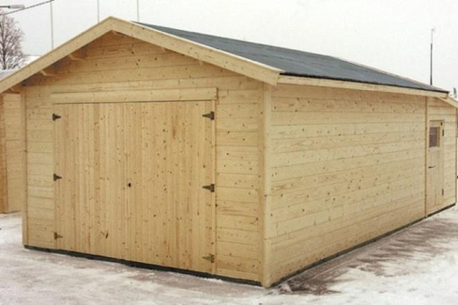 Как построить гараж из бруса дешево и быстро своими руками