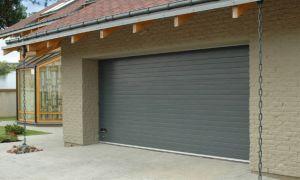 Роллетные гаражные ворота — экономия пространства и денег