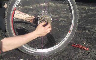 Ремонт велосипедного колеса с помощью станка