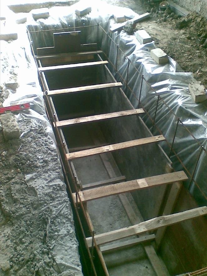 Подготовка к бетонированию смотровой ямы