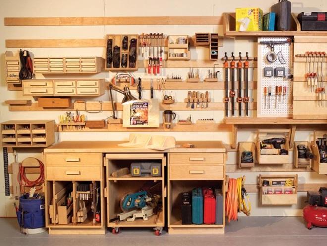 Пример места хранения инструмента в гараже