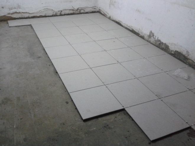 Укладка плитки на пол гаража