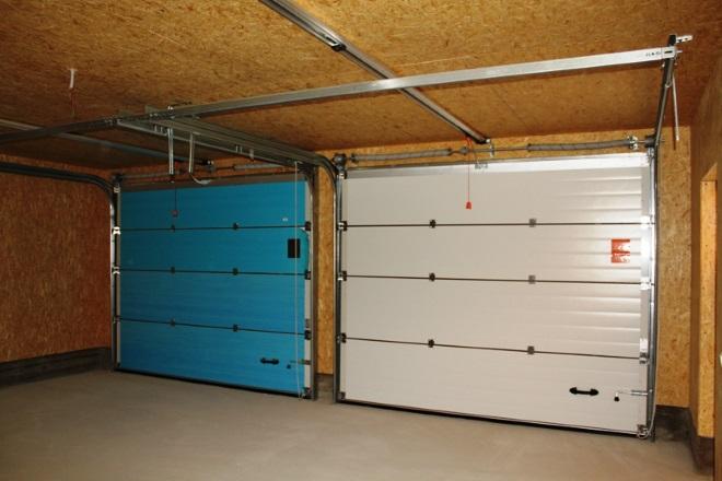 Ворота гаража на две машины