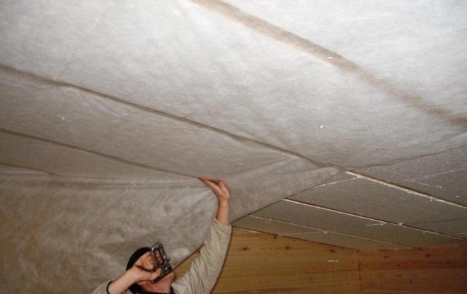 Утепление потолка в гараже изнутри