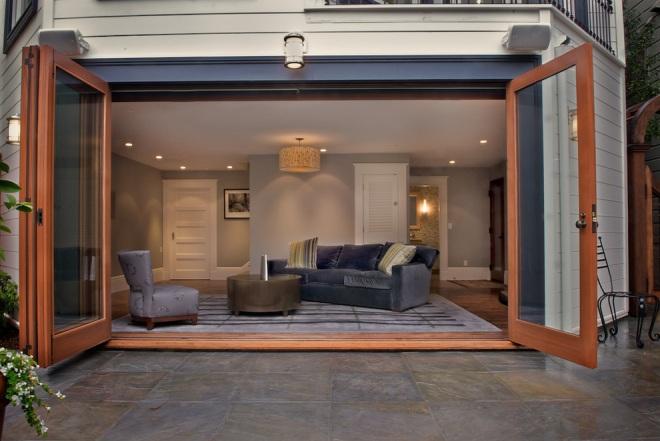 Панорамные окна вместо ворот в гараже