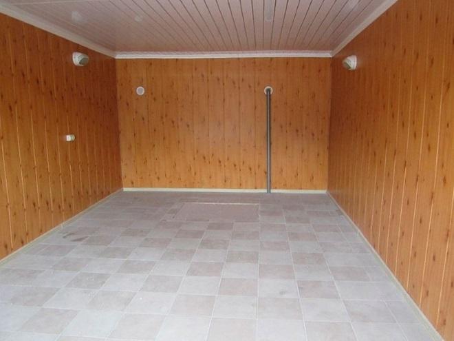 Пример внутренней отделки гаража