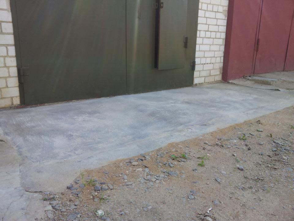 отмостка для гаража