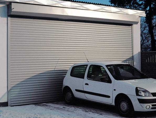 Плюсы рулонных гаражных ворот