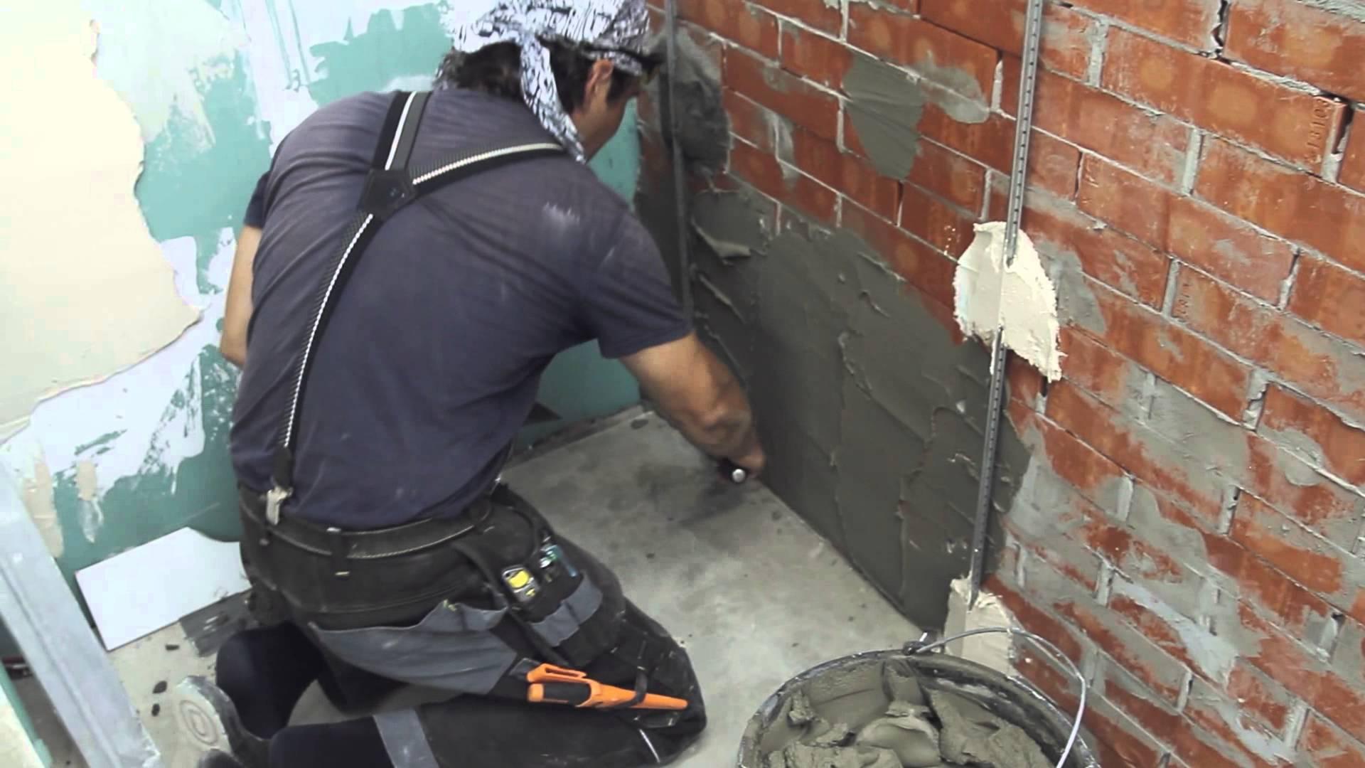 штукатурка стен гаража